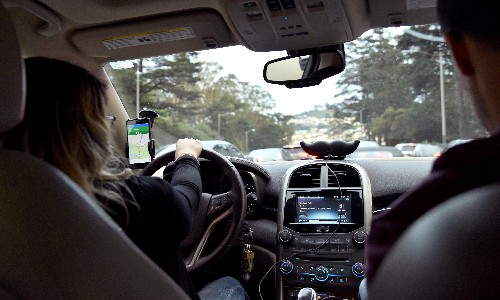 Female drivers feel abandoned by Uber and Lyft after reporting a sexual assault