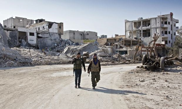 Isis launches attack on Kobani from inside Turkey for first time