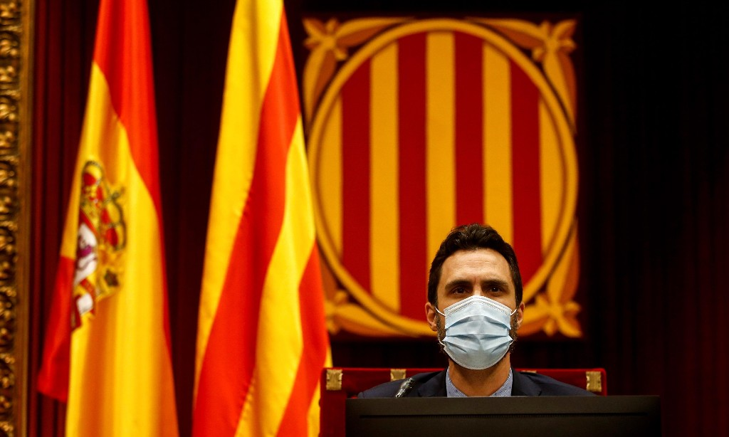 Who has been using spyware on Catalan independence campaigners?