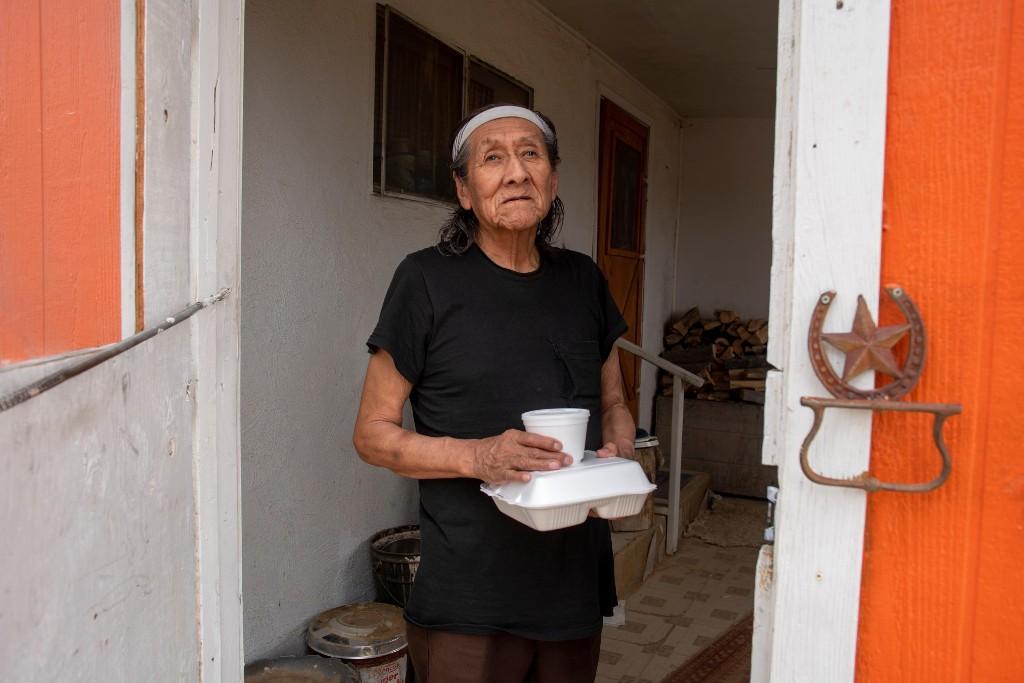 Navajo elders: alone, without food, in despair