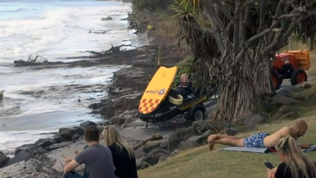 'A lot of the beach is gone': erosion closes Byron Bay's main beach