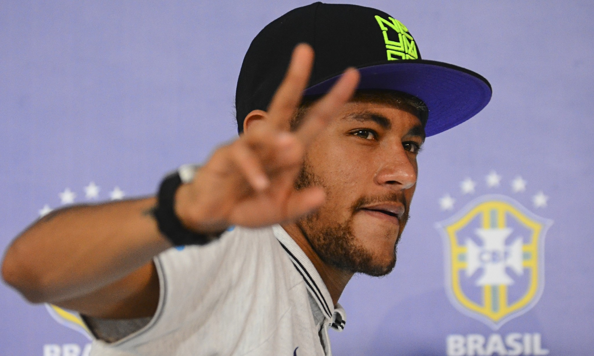 Neymar fit for Brazil's World Cup quarter-final with Colombia