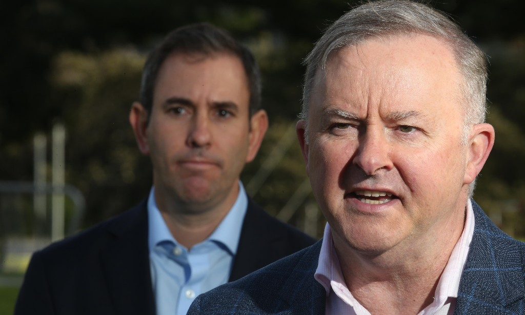 Labor says Scott Morrison's dropping of Kyoto credits to meet climate targets is 'pathetic'