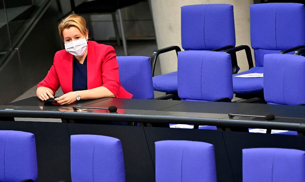 Germany agrees 'historic' mandatory boardroom quota for women