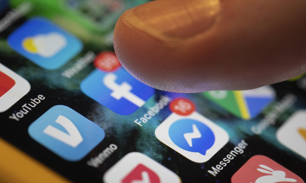Facebook and other tech giants 'too big to fail'