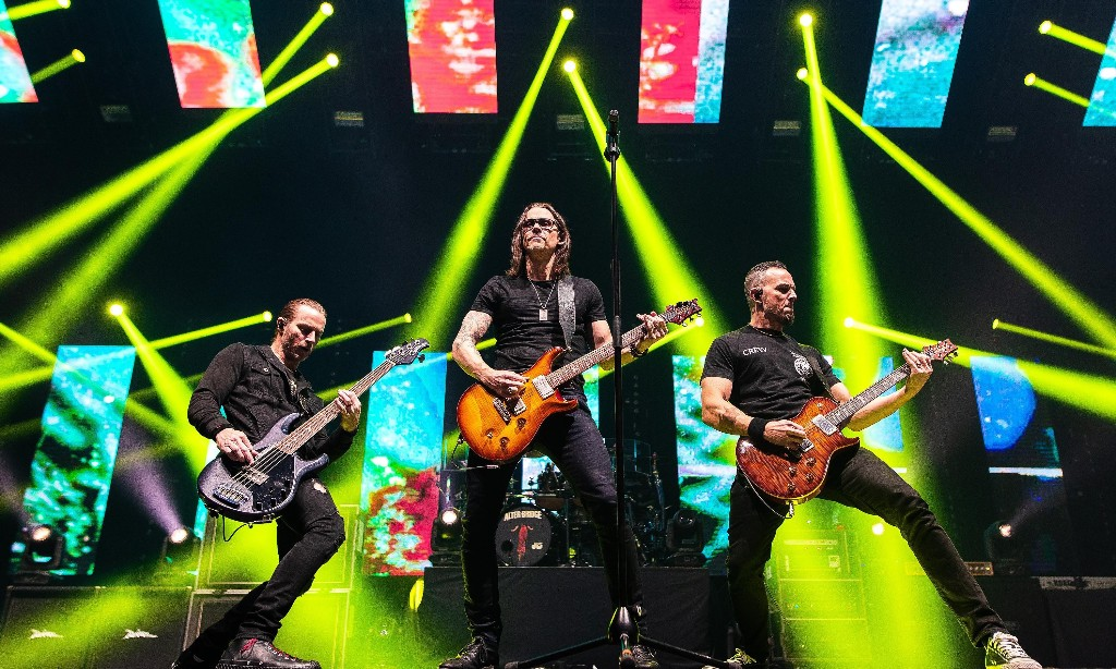 Alter Bridge review – holy mountain of noise from hard rock's nice guys