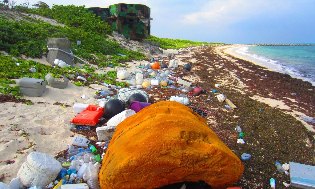 Global treaty to tackle plastic pollution gains steam without US and UK