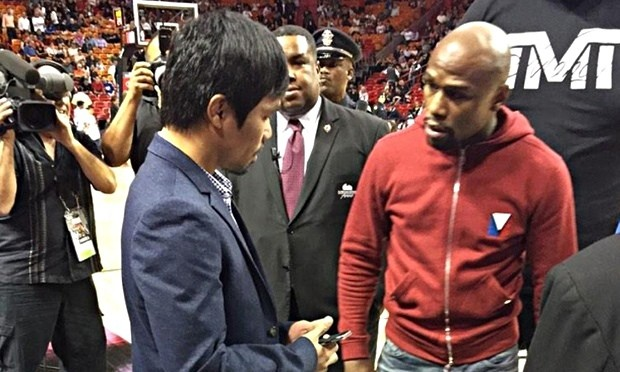 Floyd Mayweather Jr v Manny Pacquiao: $200m blockbuster inches closer