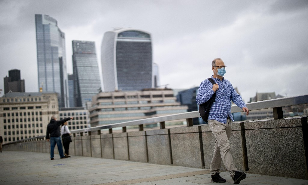 UK economy shows signs of faltering before second Covid-19 wave