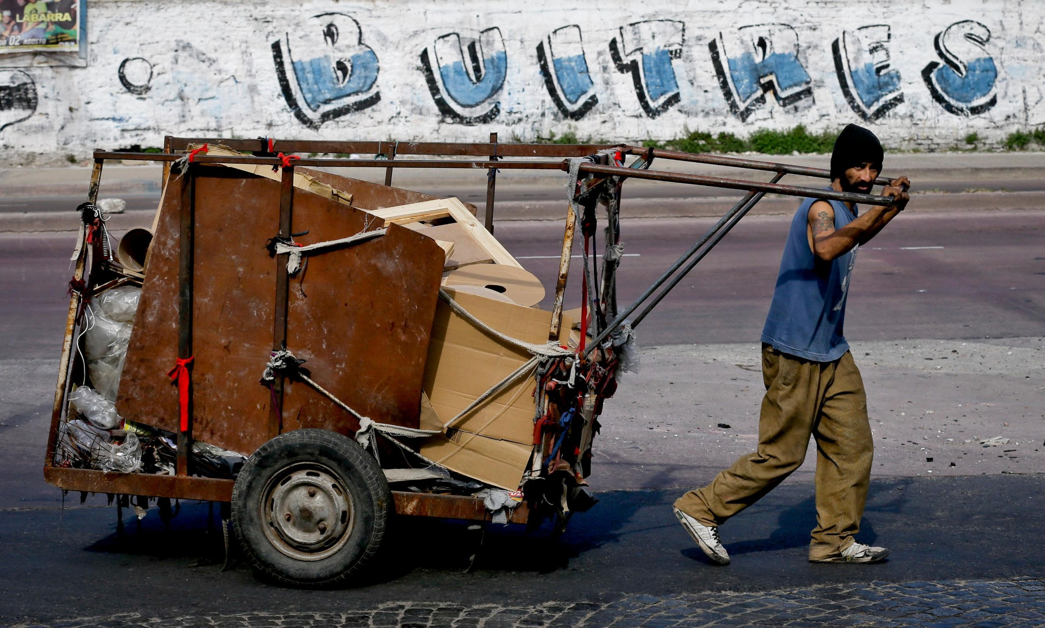 The new generation of Buenos Aires trash pickers reenergizing recycling in the capital