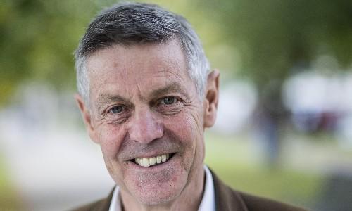 Ex-Conservative MP Matthew Parris to quit party and vote Lib Dem