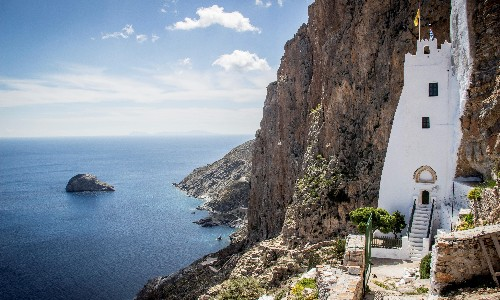Greek island hopping: walking on Amorgos