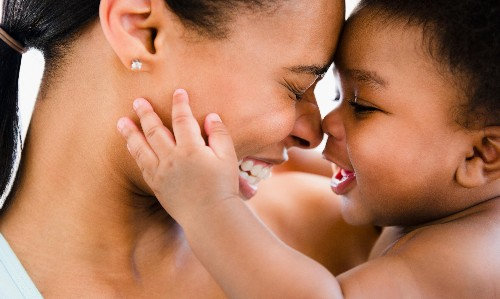 Babies who use eye contact more likely to build up vocabulary