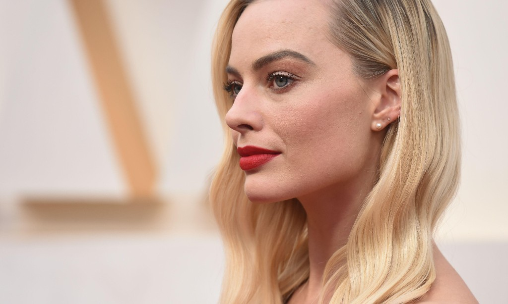 Can Margot Robbie save Pirates of the Caribbean from irrelevance?