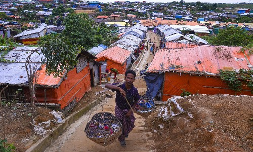 Myanmar and Bangladesh to start sending back thousands of Rohingya