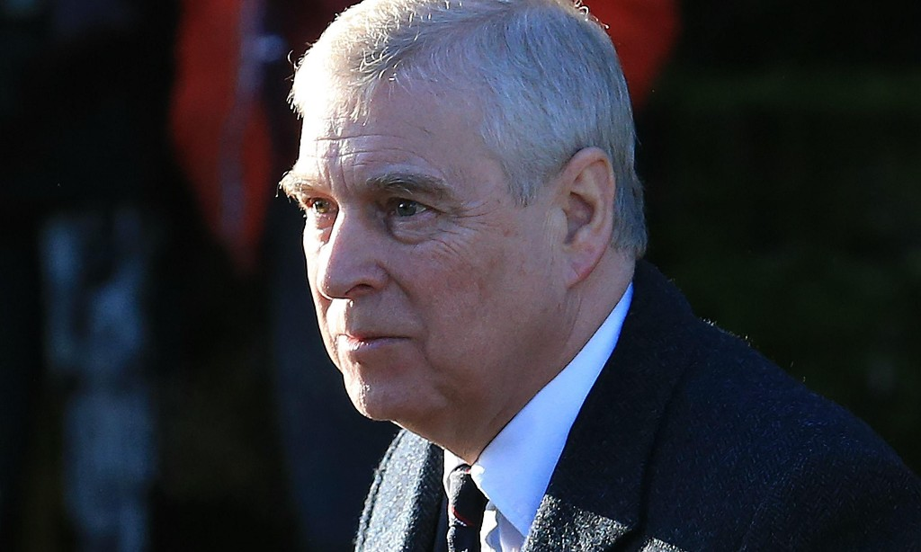 Witness claims to have seen Prince Andrew at club with Virginia Giuffre