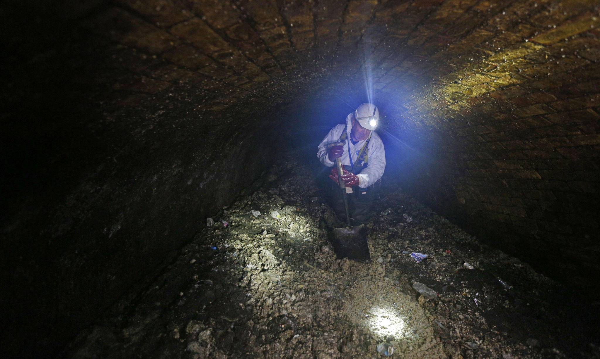 London's fatberg on show: 'We thought of pickling it'