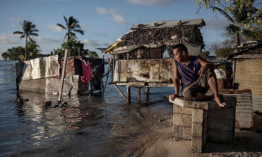 Kiribati's president's plans to raise islands in fight against sea-level rise