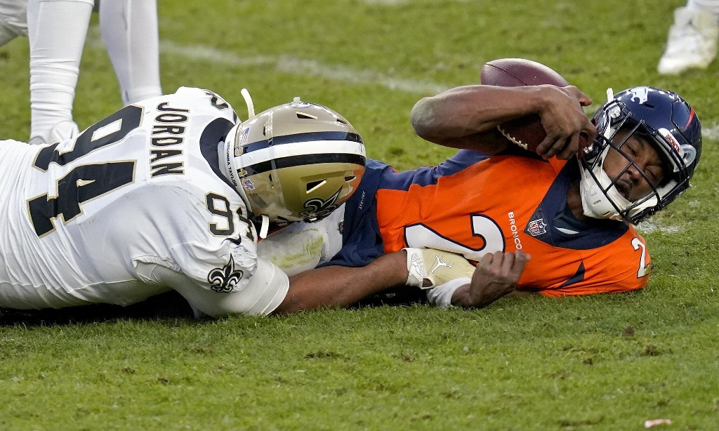 Covid chaos in NFL as 'business as usual' approach flounders