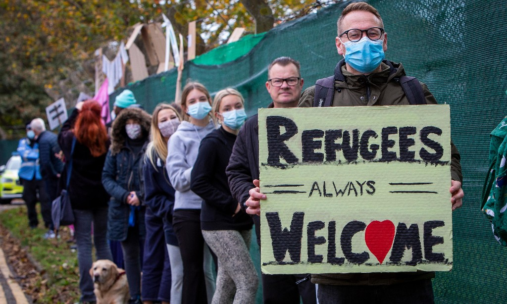 Refugee supporters hold 'welcome event' for asylum seekers in Kent