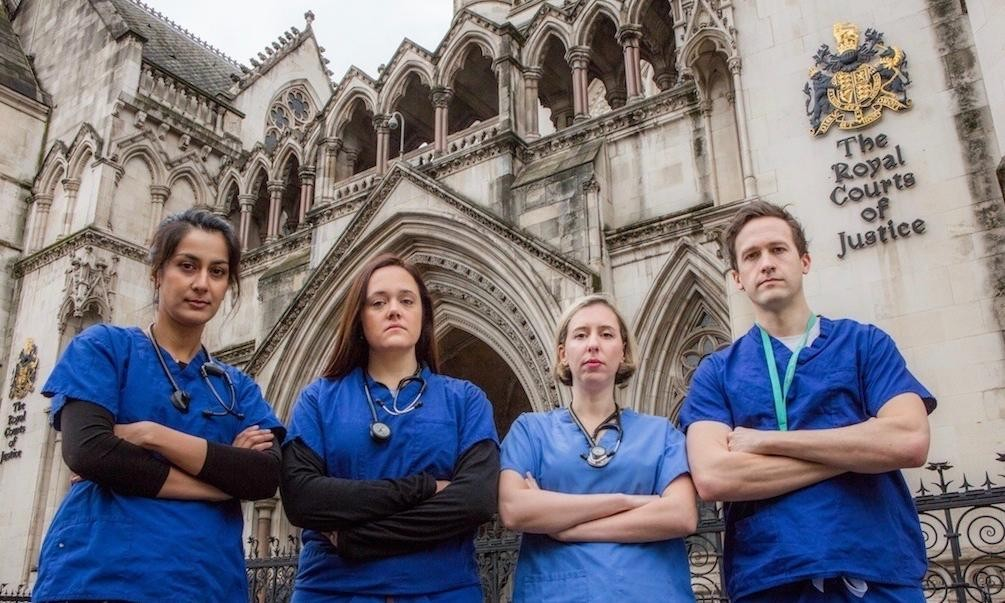 Junior doctors' contract to be challenged in courts