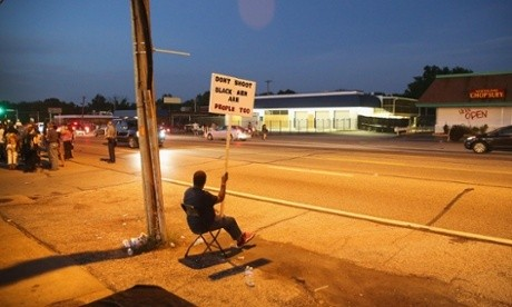 Obama sends White House aides to Ferguson funeral of Michael Brown