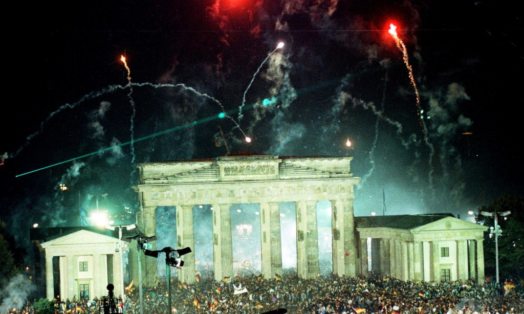 'Germany looks like it's still divided': stark gaps persist 30 years after reunification