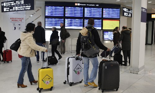 Coronavirus: air travel demand 'will fall for first time in 11 years'