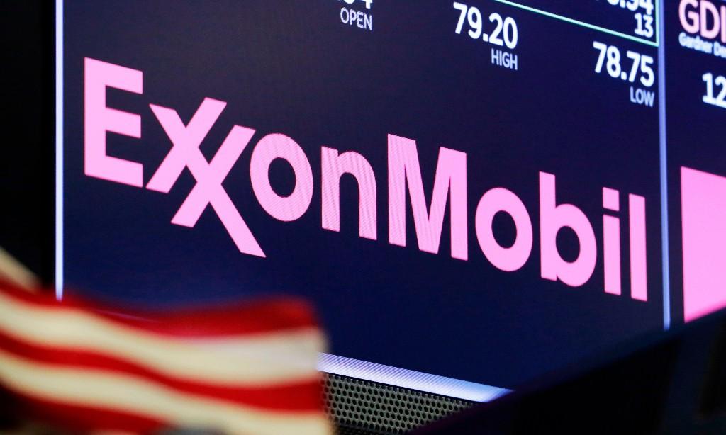 ExxonMobil warns of $30bn writedown of shale assets amid energy price slump