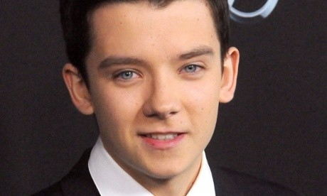 Asa Butterfield in talks to replace Andrew Garfield as Spider-Man