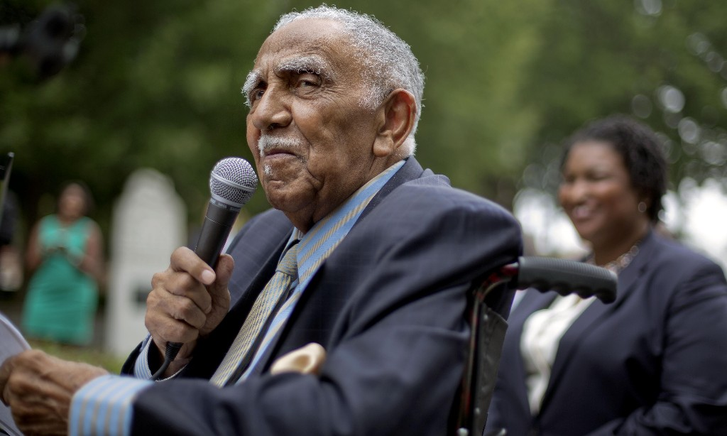Barack Obama pays tribute to Joseph Lowery, civil rights leader dead at 98
