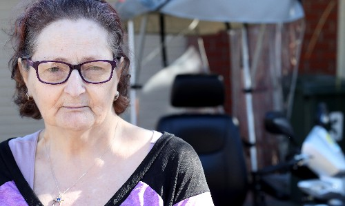 Centrelink wrongly denies disability support pension to severely ill woman
