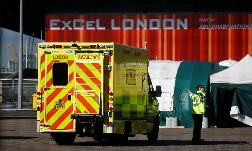 UK records biggest daily rise in coronavirus deaths