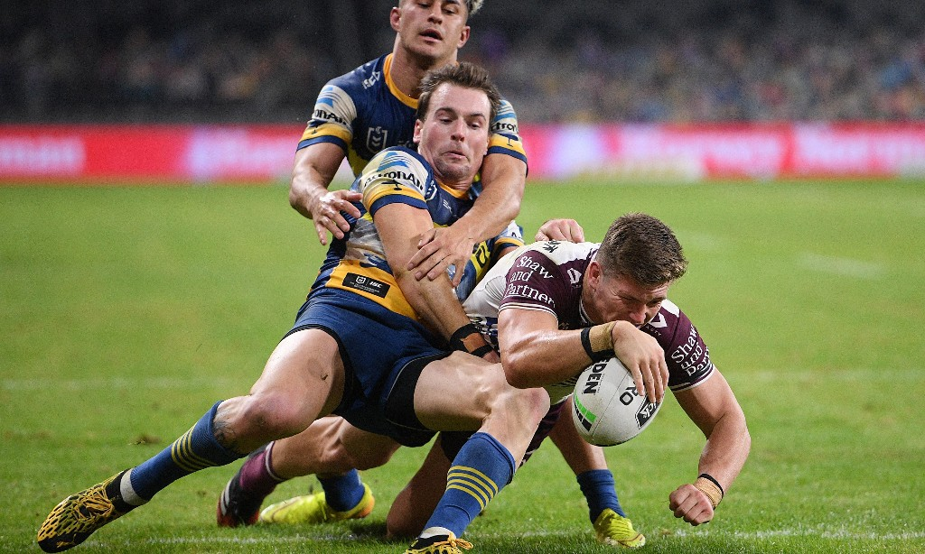 NRL roundup: Manly denied final-minute win as Sharks overcome temperature check drama