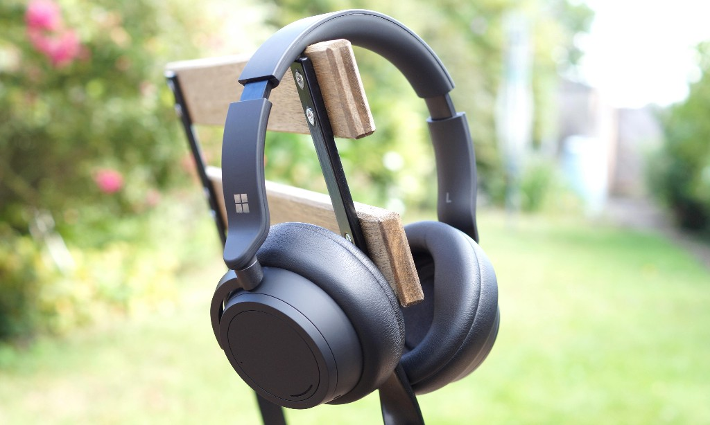 Microsoft Surface Headphones 2 review: longer-lasting Bluetooth noise cancellers