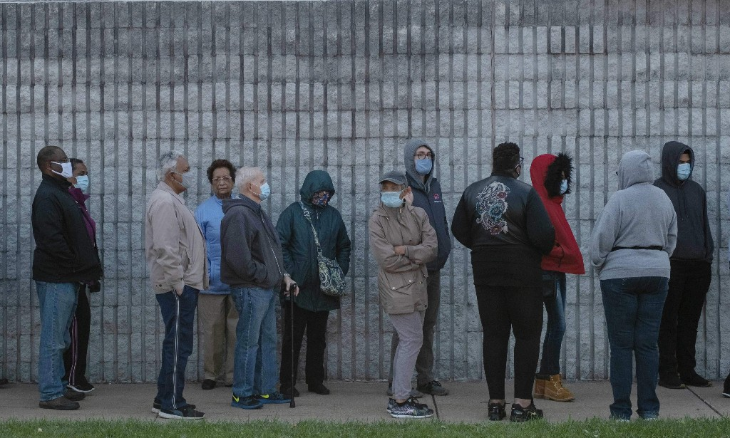 Ohio's quarter-mile early-voting lines? That's what voter suppression looks like