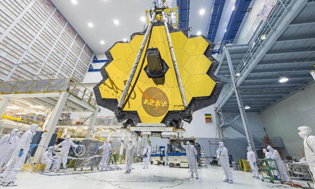 Spacewatch: Nasa delays James Webb space telescope to October 2021