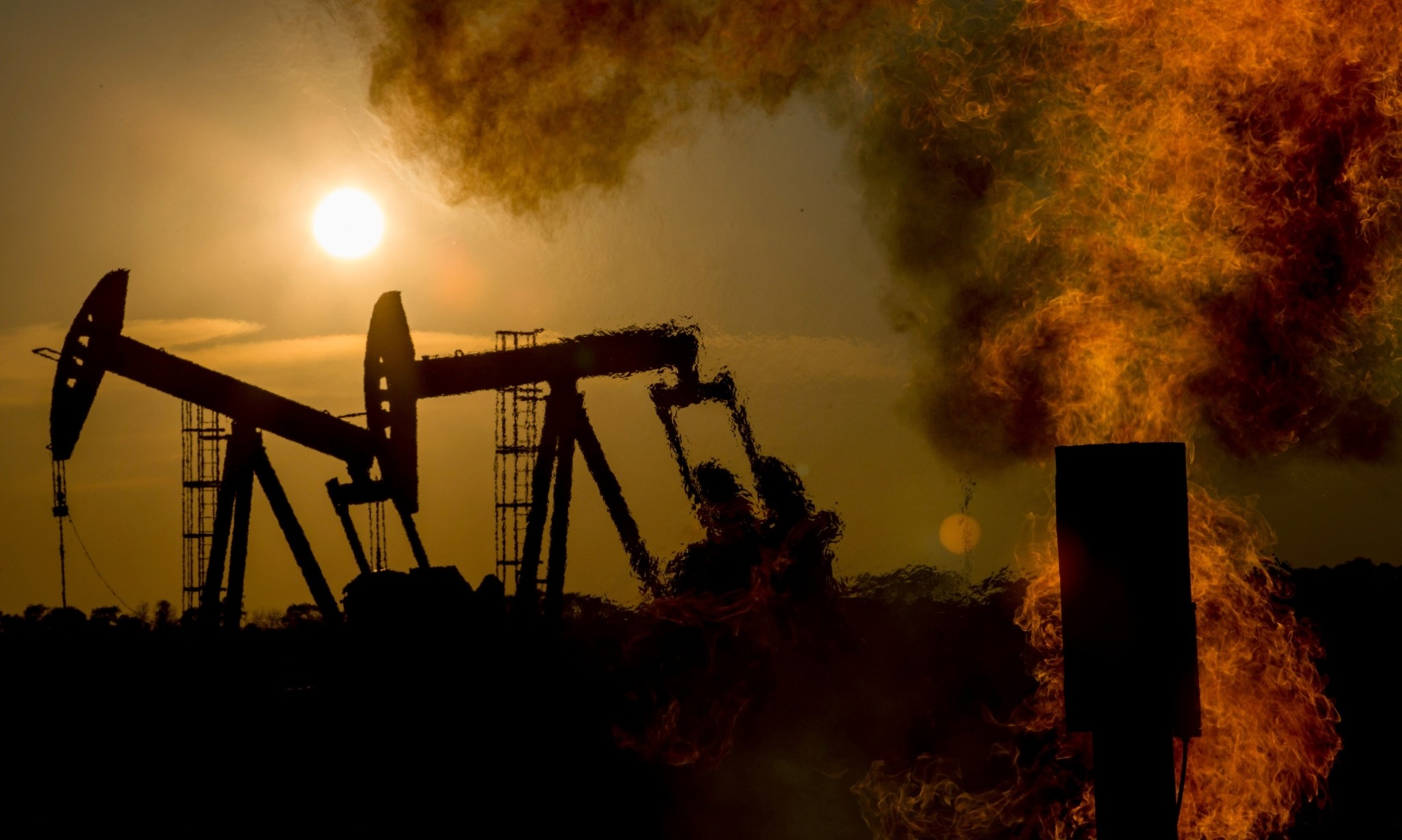 Activists say Obama action on methane emissions 'misses 90% of pollution'