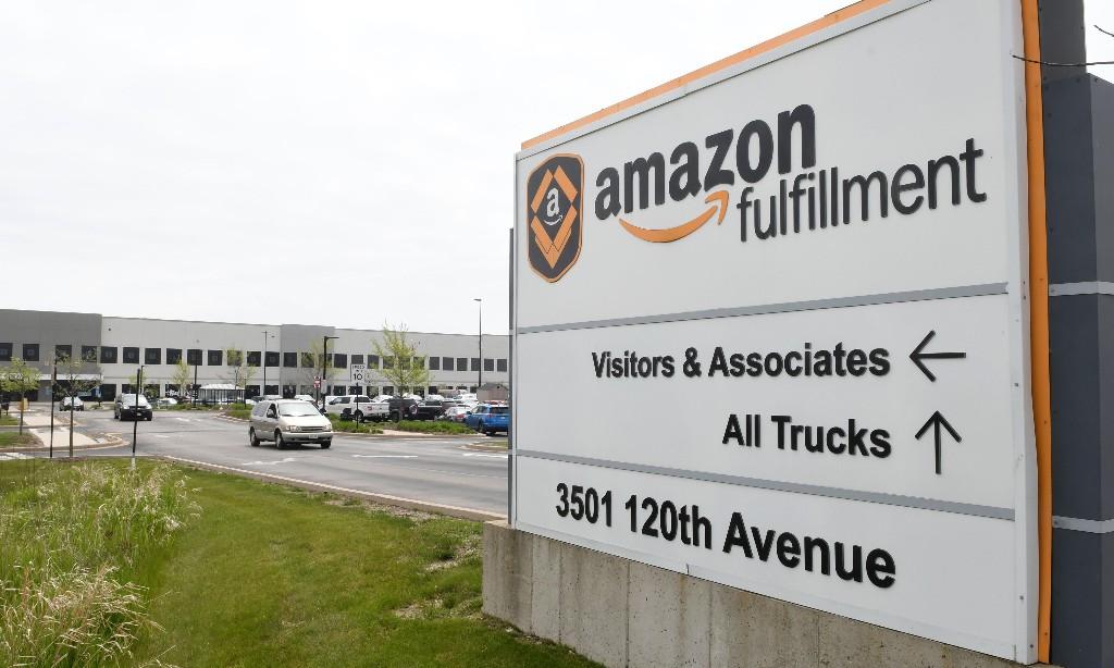 Amazon threatened with closure of Wisconsin campus over coronavirus