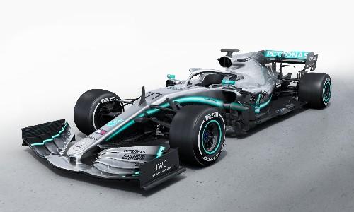 Lewis Hamilton 'ready to attack' as he vows to better 2018 F1 season