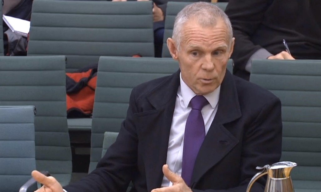 Shane Sutton 'lying' in denying he knew of doping in cycling, tribunal hears
