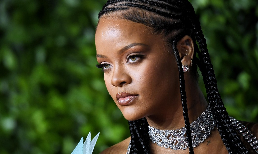 The new queen bee: Rihanna is crowned Britain's wealthiest female musician