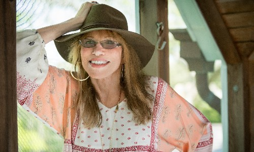 Carly Simon on turning down Donald Trump: 'I thought he was kind of repulsive'