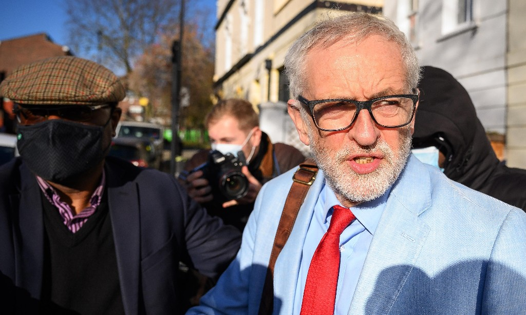 Jeremy Corbyn to start legal action over suspension of Labour whip