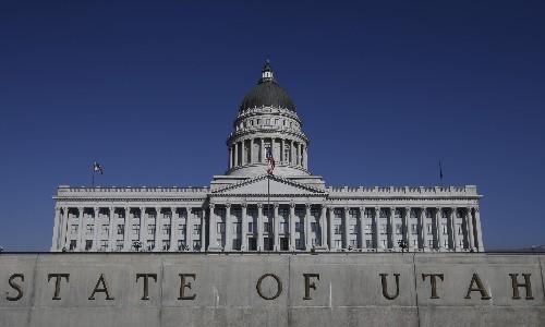 Utah senate unanimously moves to decriminalize polygamy