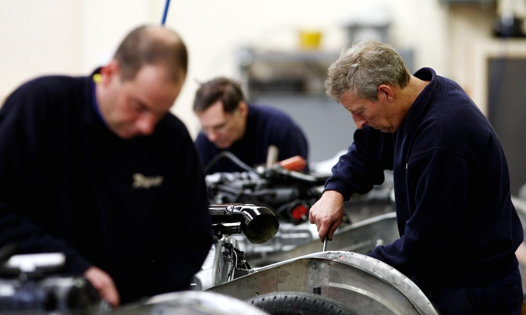 Manufacturers slash investment as bailout scheme 'gathers dust'