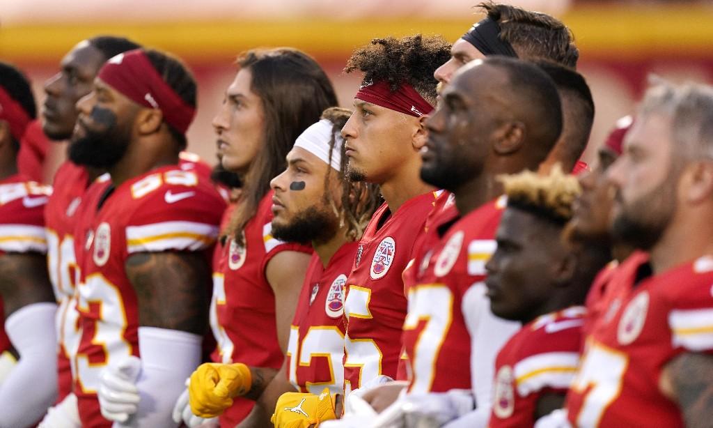 Kansas City Beats Houston 34-20 As NFL Season Kicks Off Amid Pandemic - cover