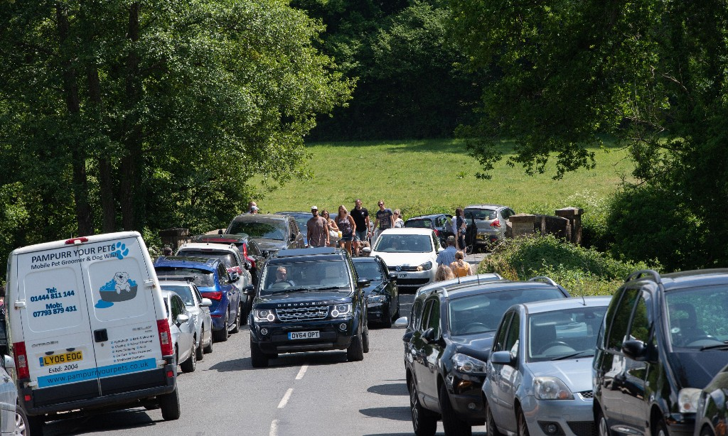 England's roads set for busiest weekend of the year as lockdown eased