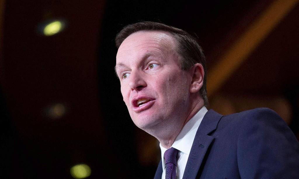 Senator calls for US intelligence to investigate Jeff Bezos 'phone hacking'