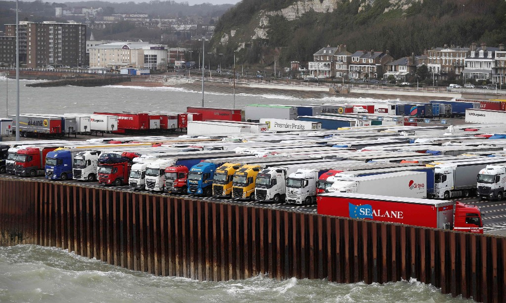 UK to open 10-12 Brexit border customs sites in EU trading shake-up